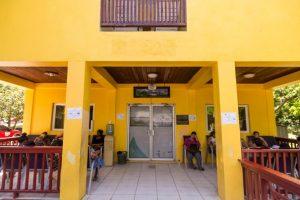 Entrance to Clínica Esperanza